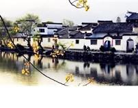 水墨晕染里的中国徽派建筑