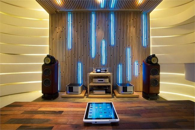 03-2hifi室的灯光搭配,体现音律的节奏感.jpg