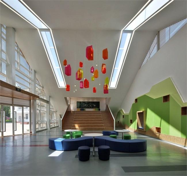 殷艳明:第三空间卓域楼设计设计荧光笔图片