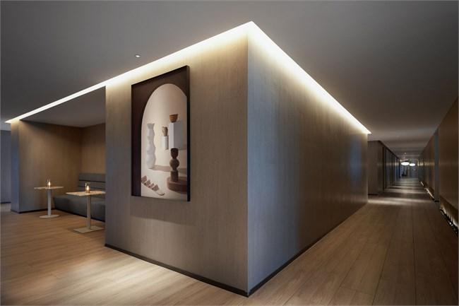 北京水裹汤泉-对角线-35-走廊艺术品小.jpg
